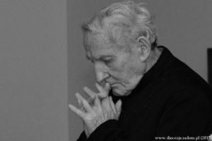 Pogrzeb śp. Ks. prał. Marcelego Prawicy @ Kościół pw. Św. Mikołaja w Końskich | Końskie | świętokrzyskie | Polska