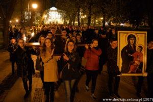 Droga Krzyżowa ulicami Radomia @ Radom, Fara - ul. Żeromskiego - Plac Corazziego - Katedra | Radom | mazowieckie | Polska