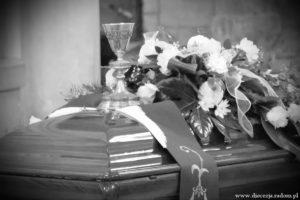 Pogrzeb śp. ks. Andrzeja Wróblewskiego @ Sanktuarium MB Bolesnej w Kałkowie-Godowie | Pawłów | Polska
