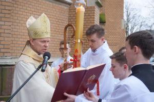 Triduum w Katedrze Radomskiej: Wielki Sobota – Liturgia Paschalna @ Katedra pw. Opieki NMP w Radomiu