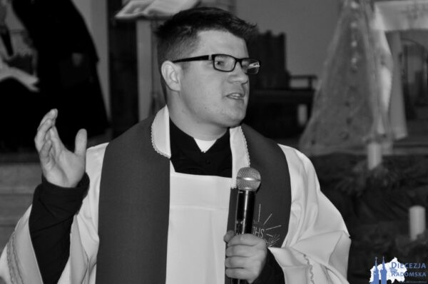 Pogrzeb śp. Ks. Jarosława Grabki @ Kościół pw. św. Mikołaja w Libiszowie | Libiszów | Łódzkie | Polska