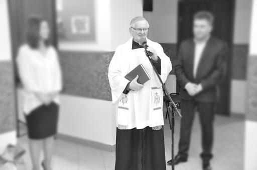 Pogrzeb śp. ks. kan. Witolda Dobrzańskiego @ Parafia pw. św. Aleksego w Przedborzu | Przedbórz | Łódzkie | Polska