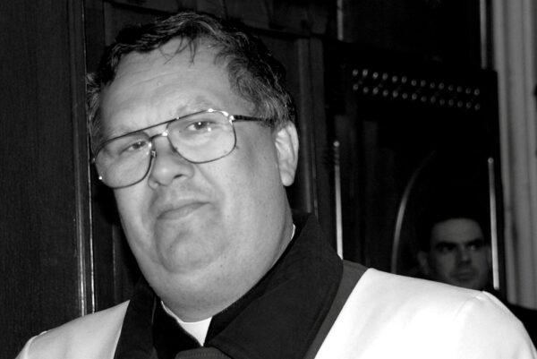 Pogrzeb śp. Ks. kan. Franciszka Bednarczyka @ Kościół pw. Chrystusa Odkupiciela w Końskich | Końskie | Świętokrzyskie | Polska